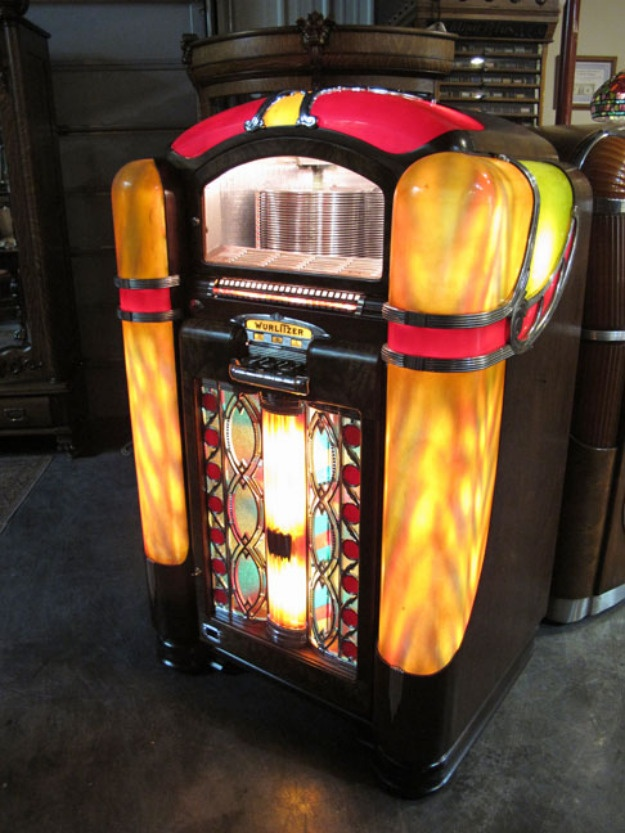 1000 images about juke box on pinterest old record. Black Bedroom Furniture Sets. Home Design Ideas