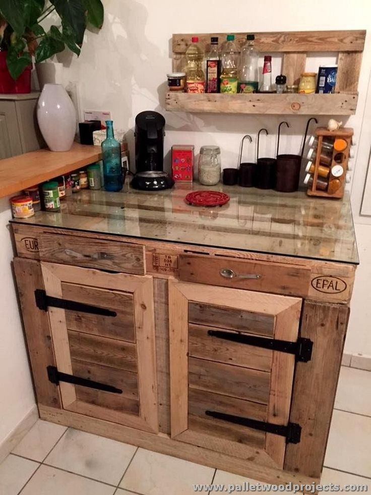 Best 25 pallet kitchen cabinets ideas that you will like for Pallet kitchen ideas