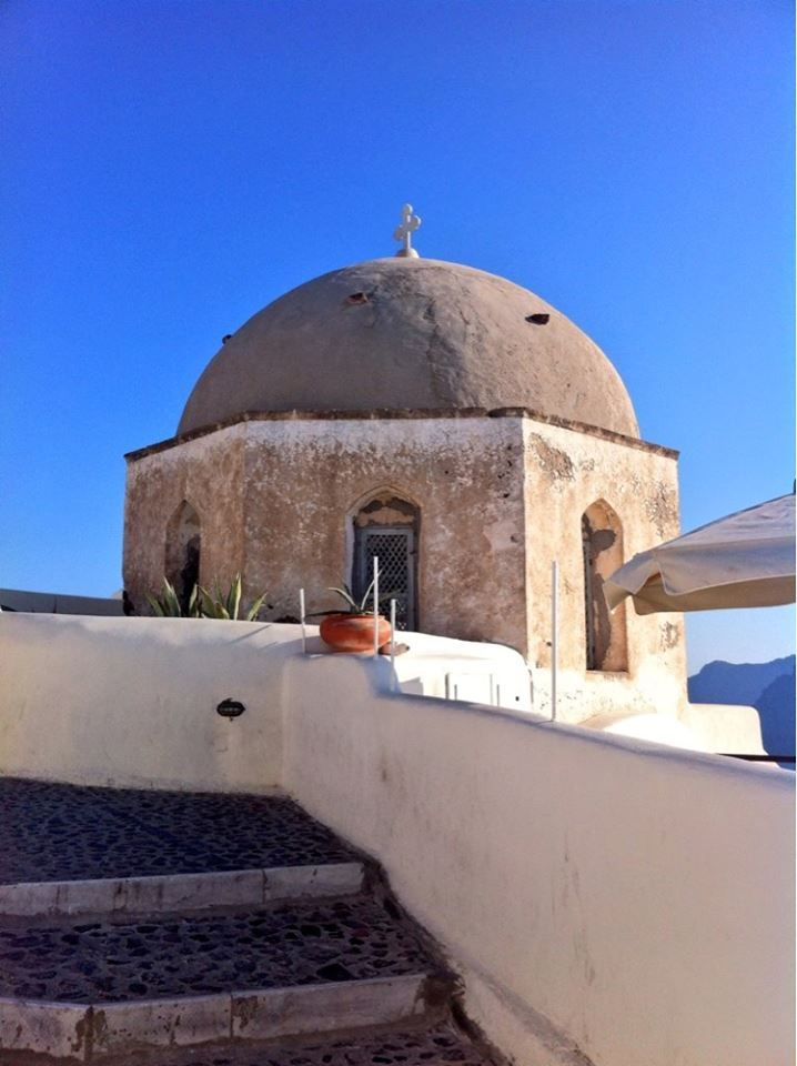 #church in #Oia #Santorini #Greece #Travel | www.santoriniplus.net