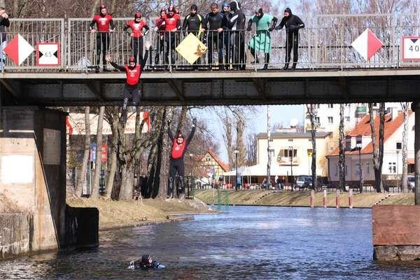 Śmigus-Dyngus 2012 w Kanale Łuczańskim    #Giżycko