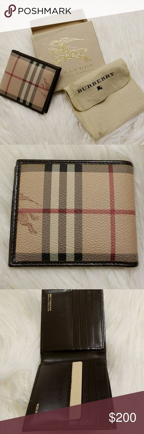 Men's Burberry Wallet Clean And Stylish Designer Wallet With 8+ Slots For Money And Cards Burberry Accessories Key & Card Holders