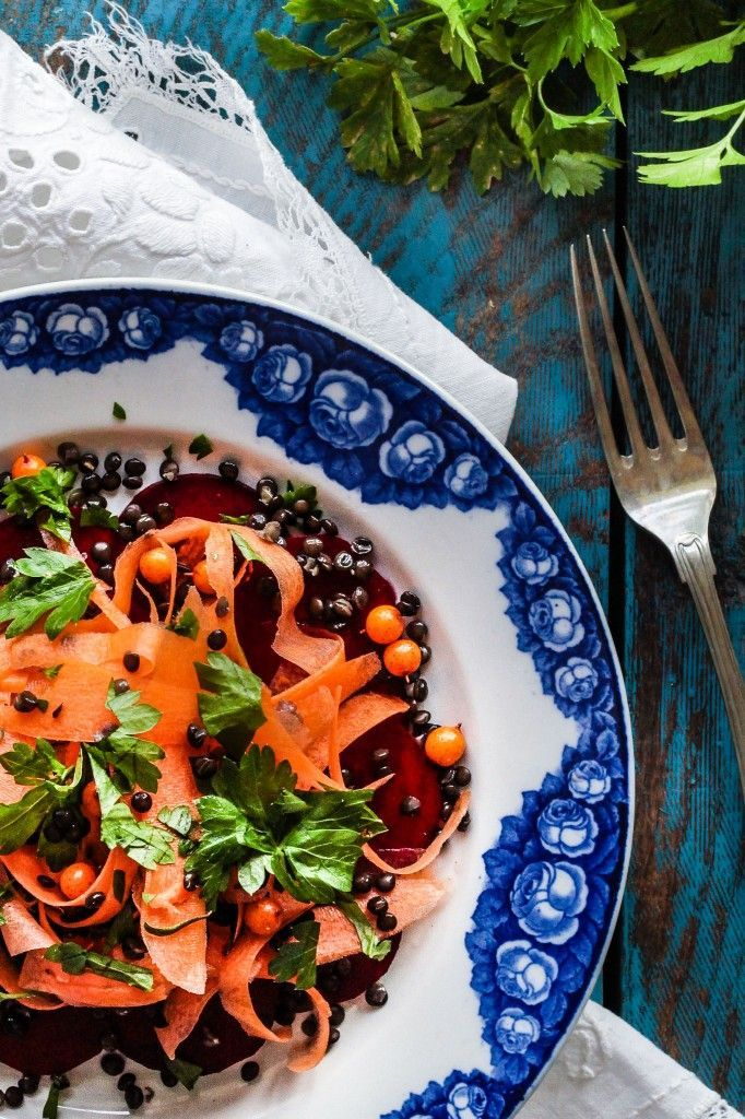 Beetroot / carrot salad with belugalinser and sea buckthorn