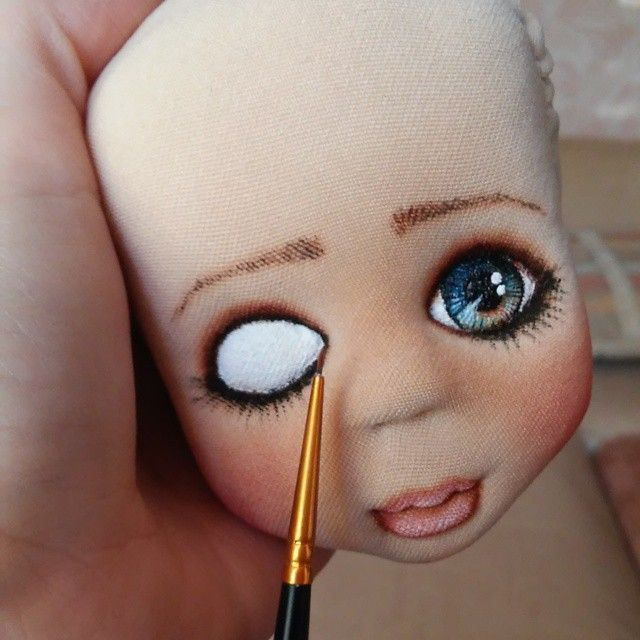 I think the original site was in Russian.  Good how-to for cloth doll eyes.