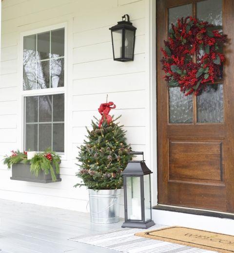 Pinterest Christmas Porch Decorations: 1000+ Ideas About Christmas Front Porches On Pinterest