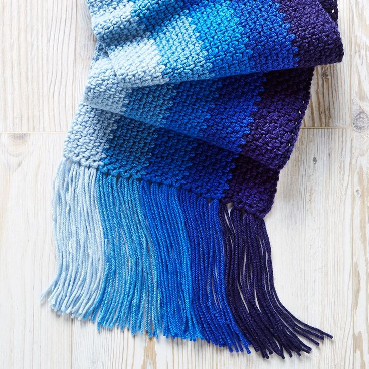 Grab your hook and make this lovely ombre Loops & Threads® Color Wheel™ Scarf
