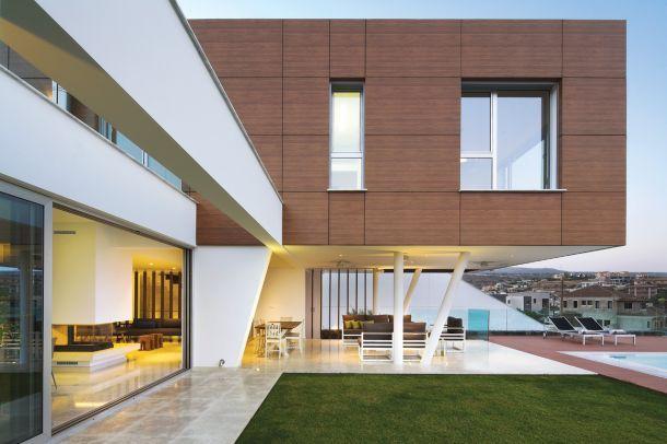 Διώροφη μονοκατοικία στη Λεμεσό, Marinos Marinou Architects