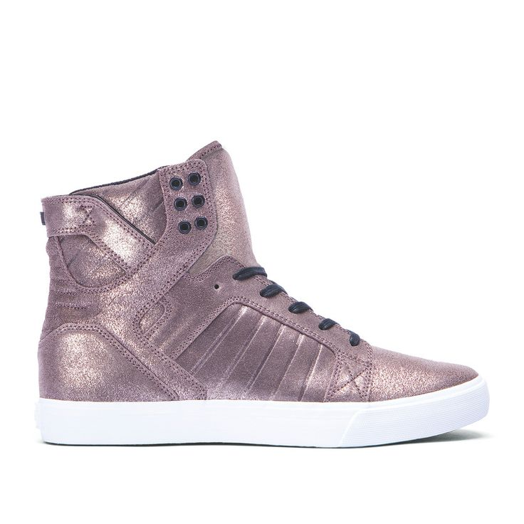 WOMENS SKYTOP I want some subras!!!!