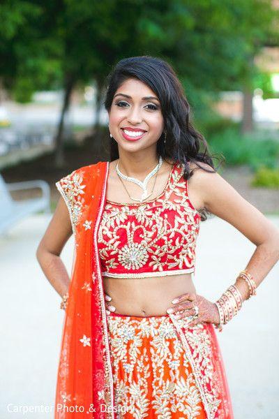 The bride showcases her reception lehenga by Kalki. MRP - 29,250/-. SKU Code - 308942.