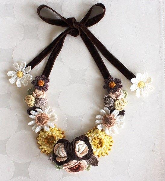 crochet flower necklace