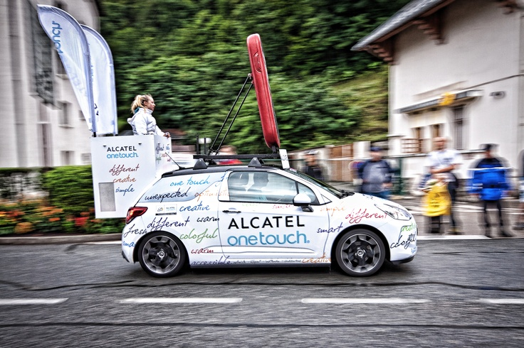 LA caravane ALCATEL ONE TOUCH sur les routes du Tour de France 2011