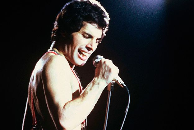 Freddy Mercury, lead singer of Queen, was diagnosed with HIV in 1987. Description from poplyft.com. I searched for this on bing.com/images