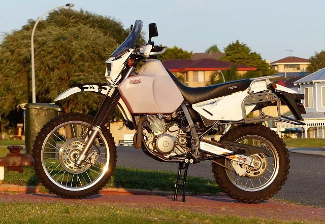 MOTO ADVENTURE - ROUND THE WORLD BY MOTORCYCLE: SUZUKI DR650 MAINTENANCE & MODIFICATIONS (FIRST 40,000 KM)
