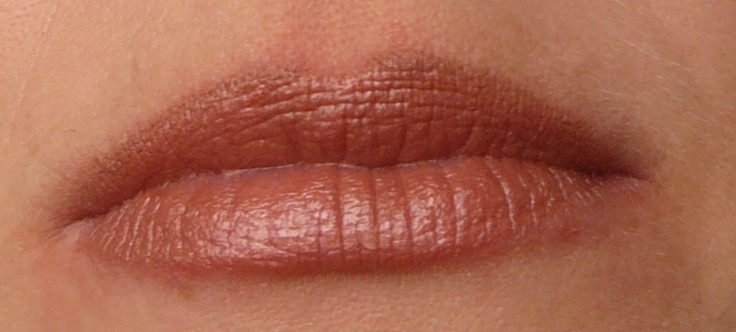 Sarah Lip Colour and Nude Liner