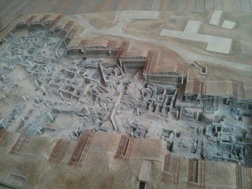 Model of Minoan city of Akrotiri, Santorini