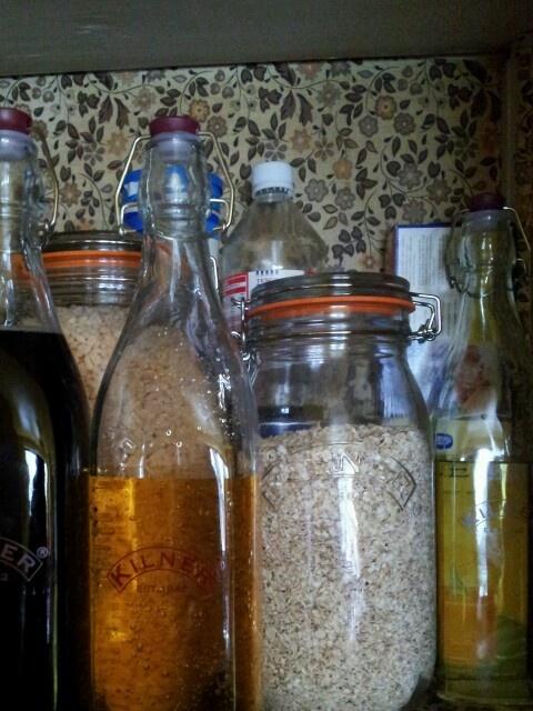 More kilner jars and bottles