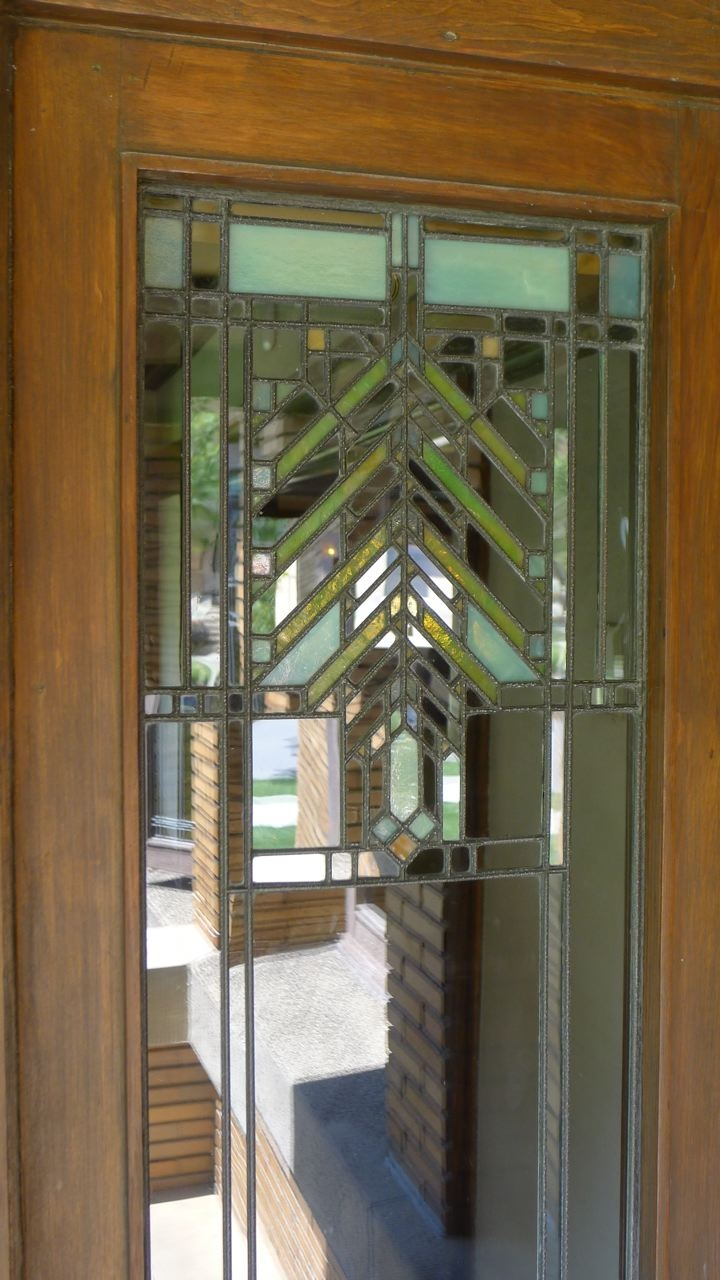 118 best images about prairie school style on pinterest for Frank lloyd wright craftsman style