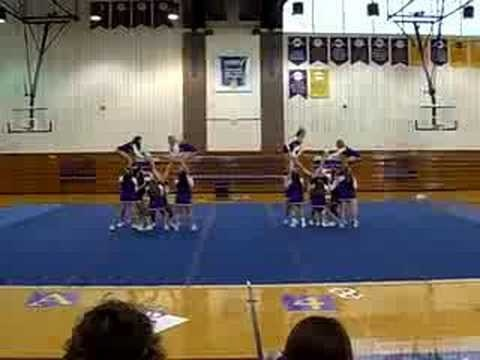 Elmira College Cheerleading Routine. Elmira will always and forever be my dream college team. Go Eagles! :)
