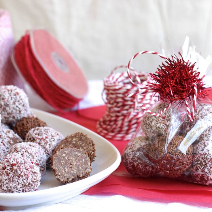 #RecipeoftheDay: These Cherry Ripe Balls will make the perfect Christmas gift if you don't eat them all yourself!