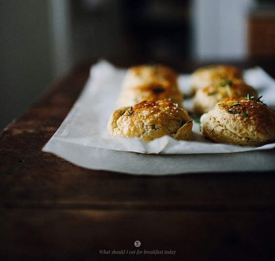 Scones with feta and herbs