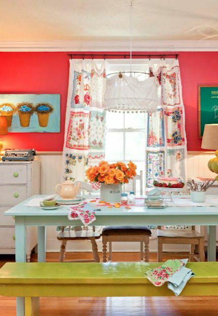 une belle cuisine rouge meubles de cuisine mur rouge lustre blanc quelle