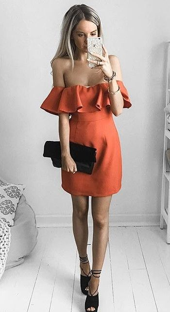 off the shoulder ruffle red dress combined with black clutch bag and heels