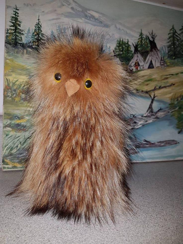 Voici ce que je viens d'ajouter dans ma boutique #etsy: OOKpiK, Peluche Inuit, hibou. Art Eskimo Collection, Teddy Bear véritable fourrure de Raton-Laveur. cuir d'Orignal, Symbole d'Art Canadien http://etsy.me/2CPkJCO
