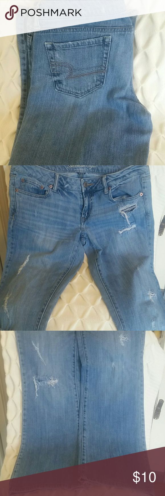 AMERICAN EAGLE JEANS! Nice American Eagle jeans with destroyed look American Eagle Outfitters Jeans