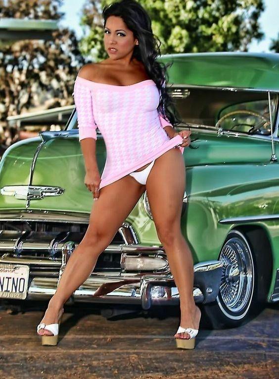 Pin von aaron ortiz auf Mira Nomas   Car girls, Sexy cars ...