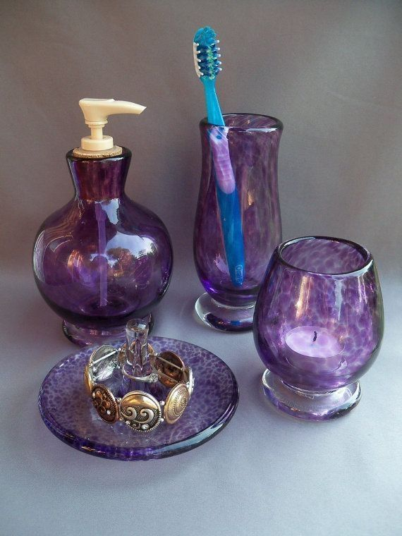 Purple Bathroom Set Bathroom Diybathroomdecorpurple Purple Set In 2020 Lila Badezimmer Badezimmer Set Lila Glas