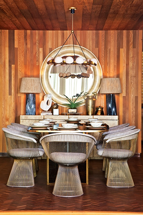 Interior designer Kelly Wearstler decks out a Seal Beach domicile with an organic twist on coastal cool. Photographed by Grey Crawford.