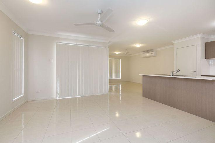 Cooper 230B - Living Room