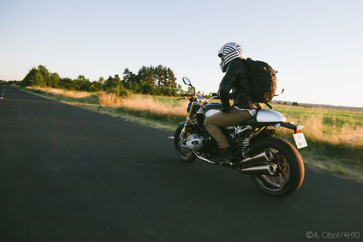 roadtrip-moto-auvergne-saint-flour-cantal-ballade-itineraire-4h10-ninety-scrambler2
