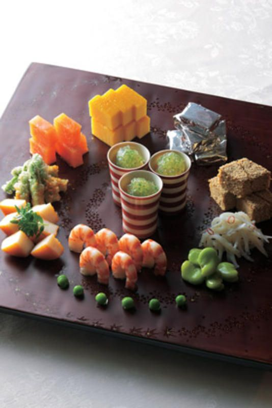 Kyoto cuisine, Japan 春の仕出し料理