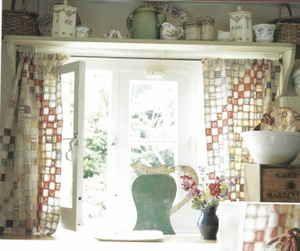 Amazing patchwork kitchen curtains
