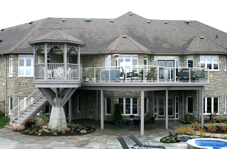 This fabulous custom deck and gazebo was built by Hickory Dickory Decks head office using Azek vinyl decking.