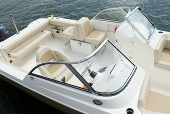 New 2014 Cobia Boats 220 Dual Console Dual Console Boat Photos- iboats.com 1
