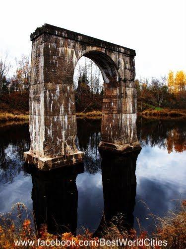 The Arc de Triomphe? Moncton (Canada).