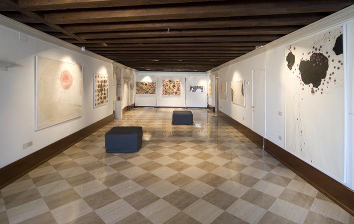Dieci anni mostra anniversario - fino al 30 settembre  Nel suo programma una mostra-atelier in divenire con un focus a rotazione e una serie di personali di giovani artisti, tra questi (nel mese di maggio) Cecilia Gioria (26 anni, artista figurativa già vista ad Art Basel) e Gjon Jakaj (25 anni, fotografo).