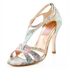 Imagini pentru regina tango shoes recoleta