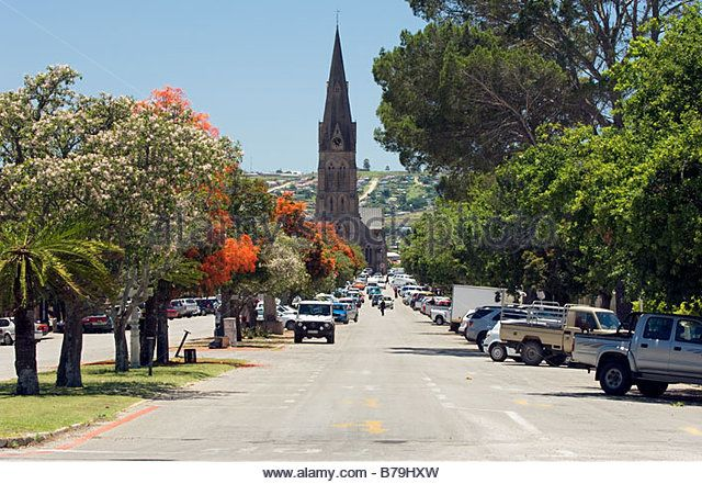 Cathedral of St. Michael and St. George in Church Square looking down High Street, Grahamstown, South Africa - Stock Image
