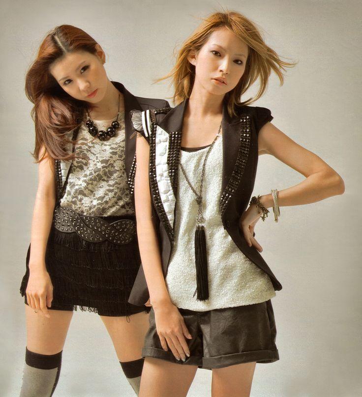 Tomomi and Haruna - SCANDAL - Jpop Jrock girlband