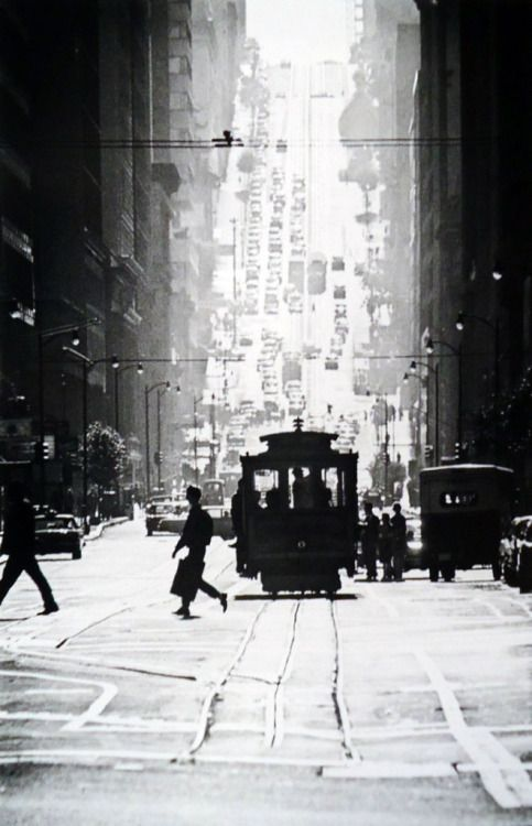 Fred Lyon - Cable Car Line In San Francisco, 1940s.