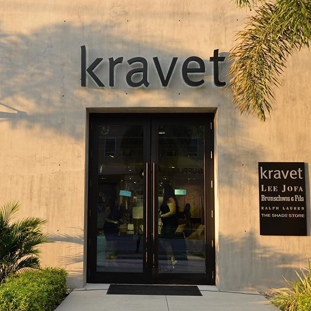No coat needed!  Perfect balmy Naples Florida weather for the @asid_hq  holiday party with @kravetinc. #InstaKravet #CandiceAtKravet