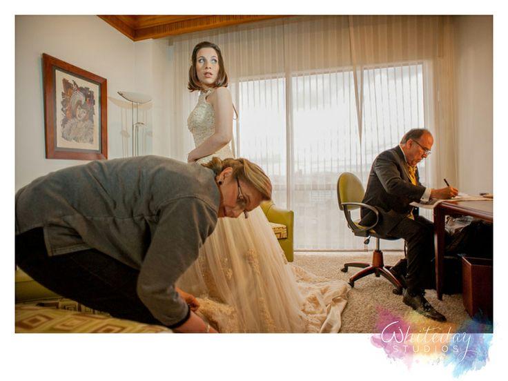 Combinamos nuestra habilidad y pasión para ofrecerte una experiencia único que te hará revivir esos grandes momentos por siempre. Fotógrafos de bodas - Whiteday Studios