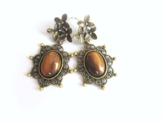 Cabochon tiger eye stone earrings vintage by MalinaCapricciosa