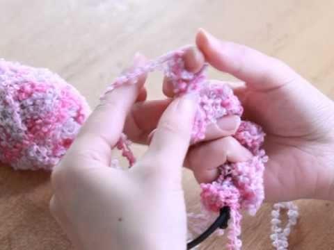 指で編めてすぐ完成かんたんかわいいもこもこシュシュの会