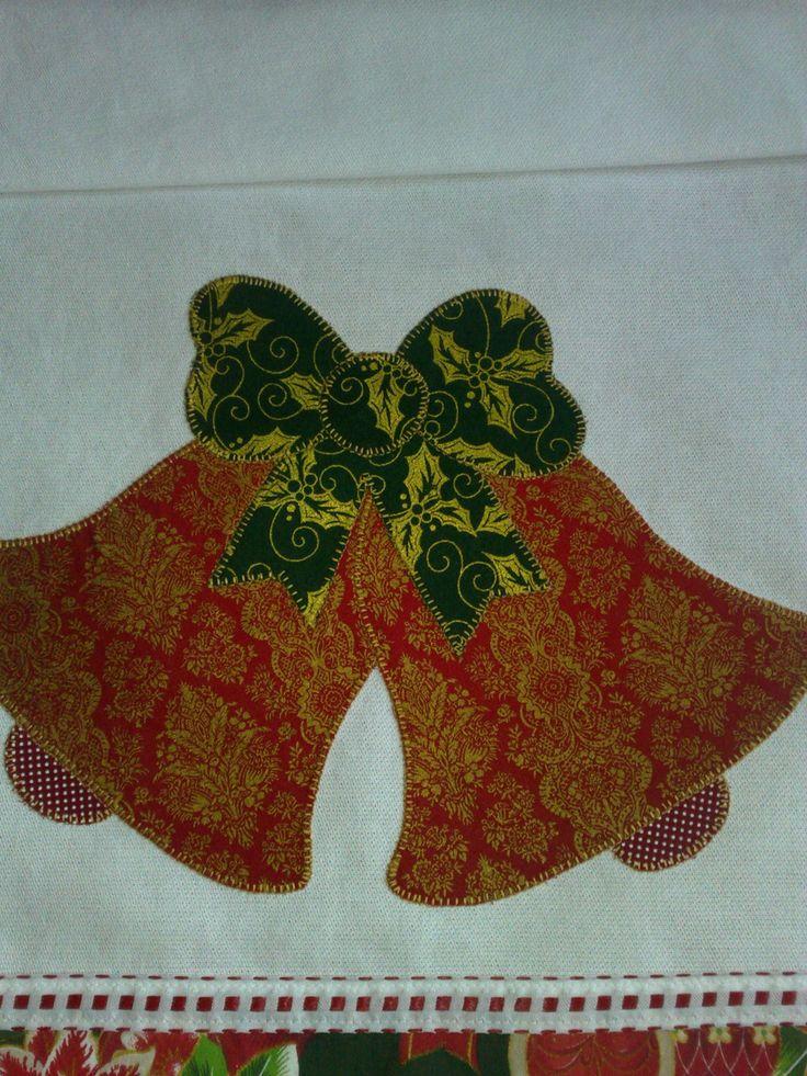 Pano de prato em patchaplique, tecido estilotex 50x68 cm.