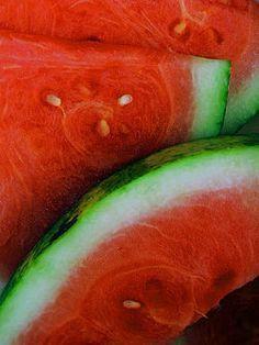 How to Make Watermelon Wine