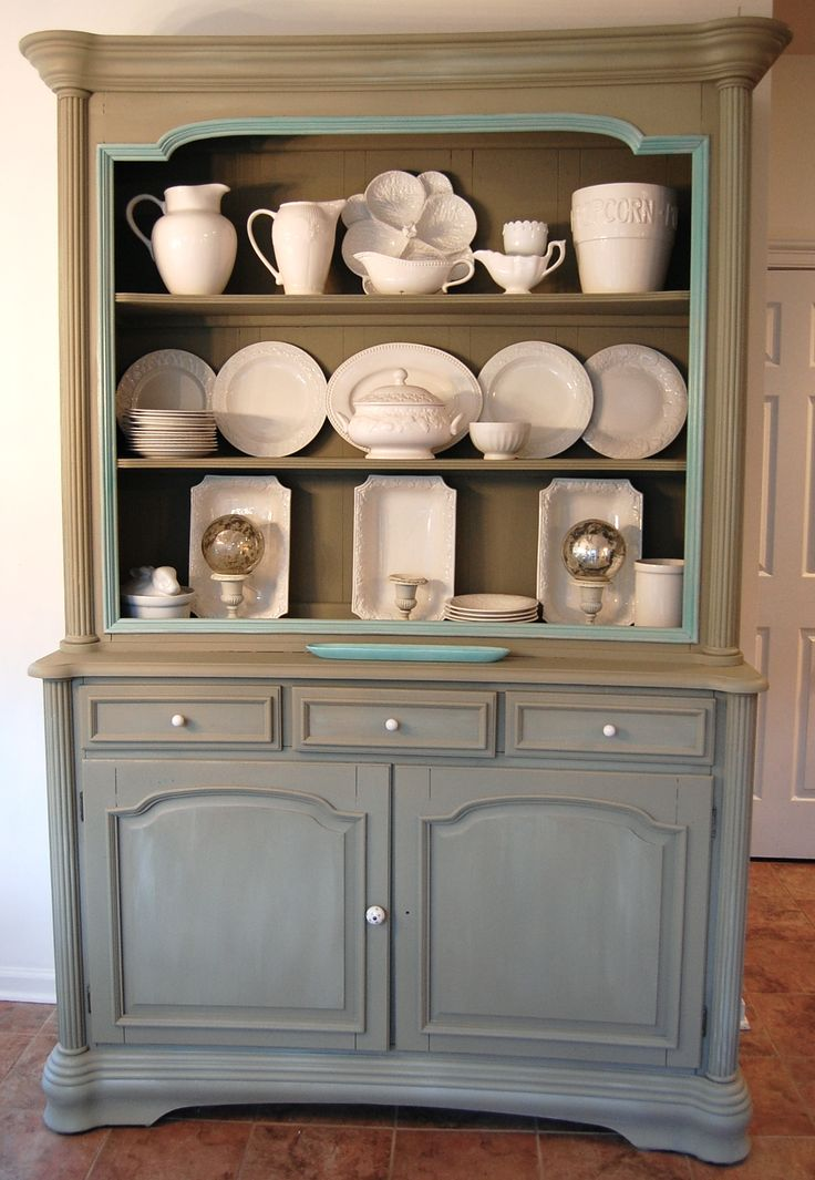 Luxury China Cabinets and Hutches