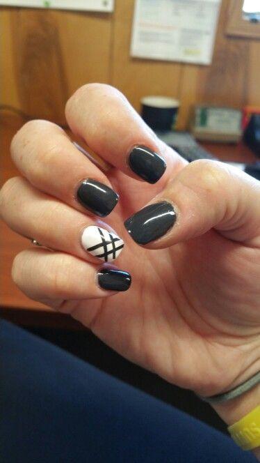 Grey & White Nails ♡♡♡